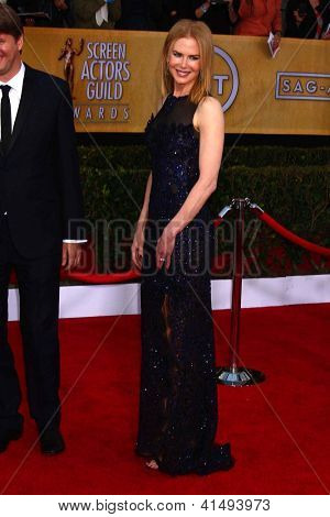 LOS ANGELES - JAN 27:  Nicole Kidman arrives at the 2013 Screen Actor's Guild Awards at the Shrine Auditorium on January 27, 2013 in Los Angeles, CA