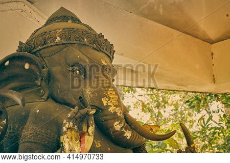 Phayao, Thailand - Dec 13, 2020: Zoom View Front Right Ganesha Statue And Incense Burner In Shrine A