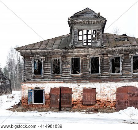 Old Wooden Destroyed Russian House Ruined Made Of Wood And Bricks