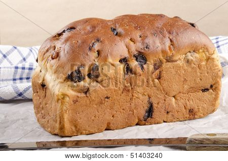 Fruit Loaf With Raisins And Mixed Peel