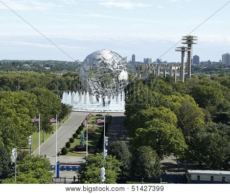 South gate at USTA Billie Jean King National Tennis Center and 1964 New York World s Fair Unisphere