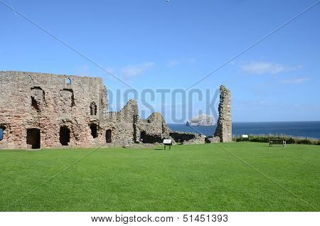 Ruins of Tantallon Castle