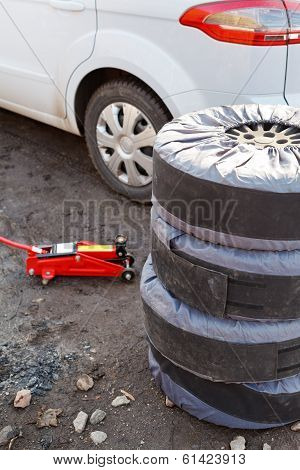 Preparation For Replacement Of Car Tyres