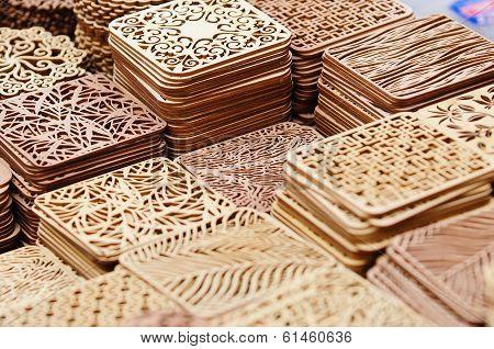 Wooden pads in the handicraft mart
