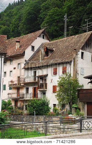 Pesariis Buildings in the village