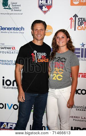 LOS ANGELES - SEP 5:  Tony Goldwyn, Tess Goldwyn at the Stand Up 2 Cancer Telecast Arrivals at Dolby Theater on September 5, 2014 in Los Angeles, CA