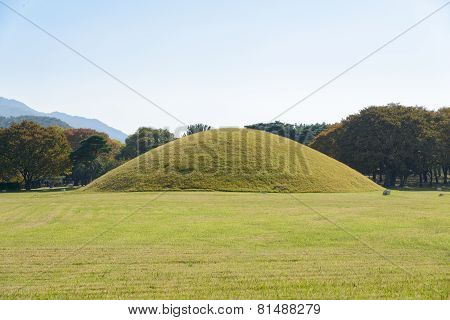 Silla Tombs In Gyeongju