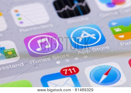 Close-up view of the interface of iOS on an iPhone