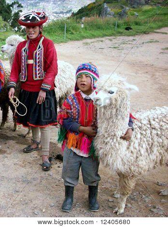 Kids & Llamas