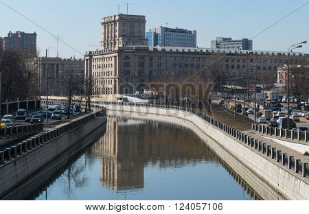 Moscow State Technical University an river Jauza 30march 2016