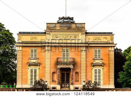 The Château de Bagatelle is a small neoclassical château with a French landscape garden in the Bois de Boulogne in the 16th arrondissement of Paris. Front entrance.