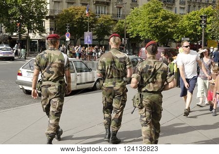 Paris France-August 13 2013: french soldiers in Paris against the risk of terrorist attack
