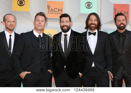 LAS VEGAS - APR 3:  Old Dominion at the 51st Academy of Country Music Awards Arrivals at the Four Seasons Hotel on April 3, 2016 in Las Vegas, NV