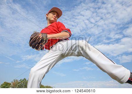 Infielder throwing the ball