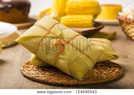 Pamonha And Curau Cart Sale - Typical Food Of Green Corn - Tasty And Cheap - Typical And Popular Str