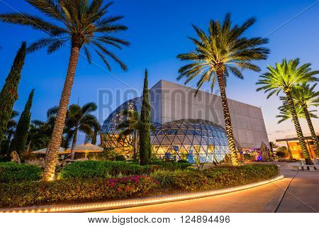ST. PETERSBURG, FLORIDA - APRIL 6, 2016: Exterior of the Salvador Dali Museum. The museum houses the largest collection of the works of Salvador Dali outside Europe.
