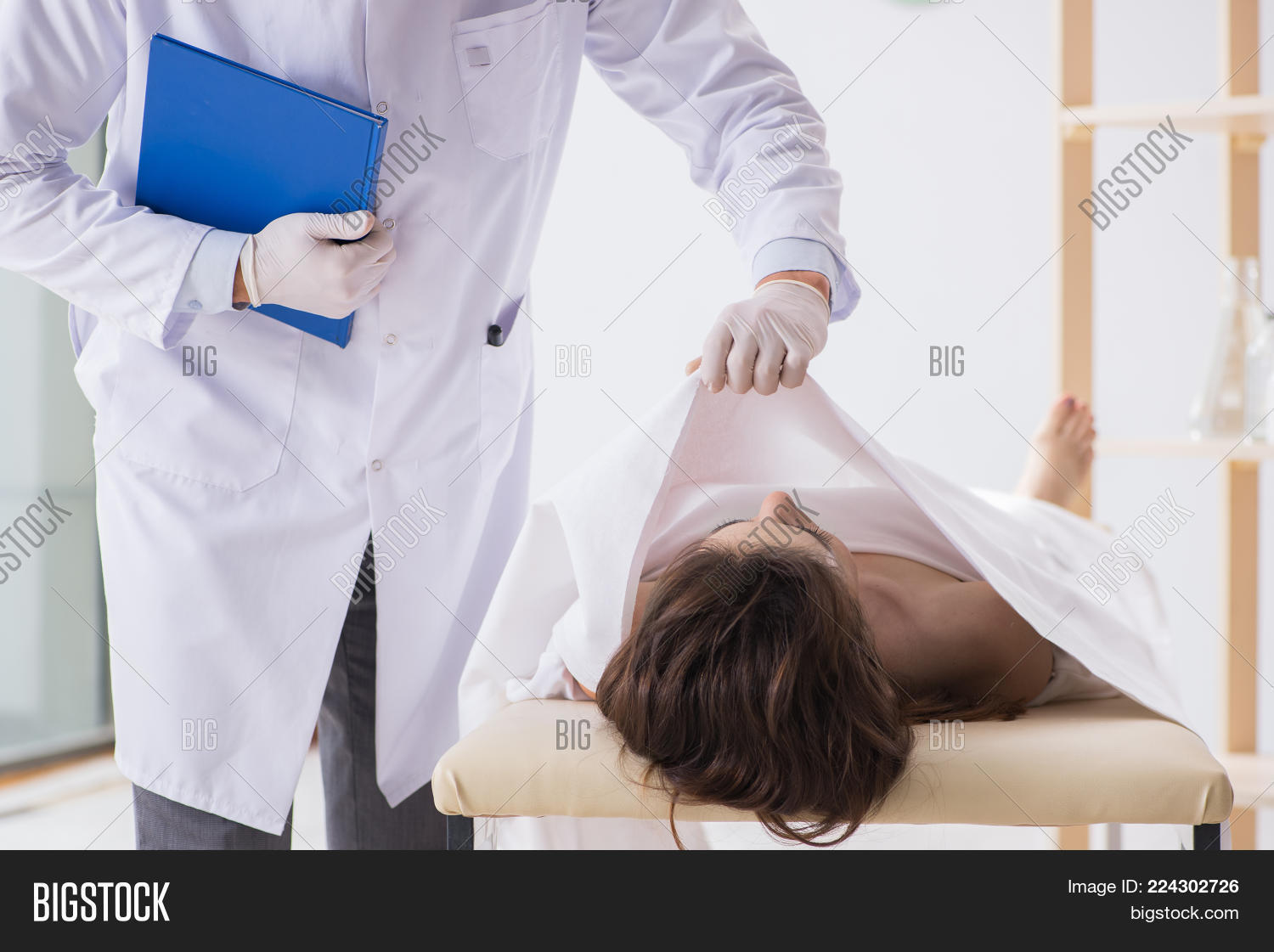 Police Coroner Image & Photo (Free Trial) | Bigstock
