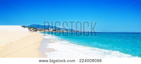 Empty sea and summer beach background with copy space -  tropical  vacation and travel concep