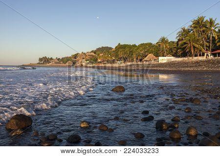 El Tunco Beach In Salvador. El Tunco, El Salvador.