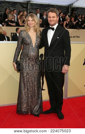 LOS ANGELES - JAN 21:  Cecile Breccia, Jason Clarke at the 24th Screen Actors Guild Awards - Press Room at Shrine Auditorium on January 21, 2018 in Los Angeles, CA