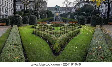 Brussel / Belgium - November 25th 2017 a park called Zavelsquare at the Statue of Counts Egmont and Hoorn in fall in Brussels, Belgium