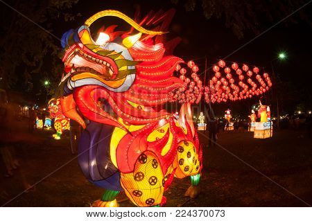 Bangkok,thailand-january 15 , 2015 : Chinese Dragon And Lantern Hanging Show And Decorated For Chine