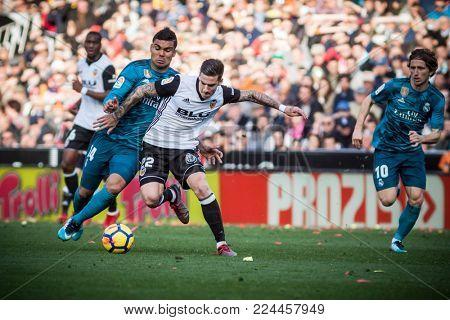 VALENCIA, SPAIN - JANUARY 27: (R) Mina, Casemiro during Spanish La Liga match between Valencia CF and Real Madrid at Mestalla Stadium on January 27, 2018 in Valencia, Spain