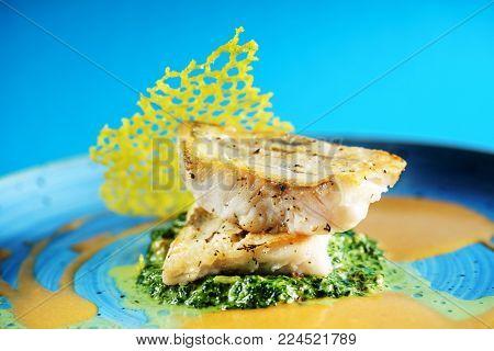 zander with spinach