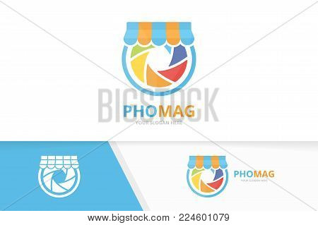 Vector camera shutter and shop logo combination. Lens and sale symbol or icon. Unique photo and market logotype design template.