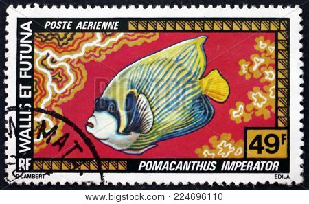 WALLIS AND FUTUNA ISLANDS - CIRCA 1998: a stamp printed in Wallis and Futuna shows emperor angelfish, pomacanthus imperator, fish, circa 1998