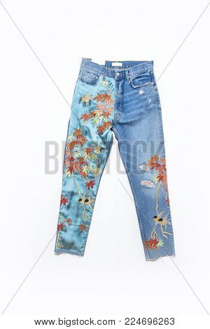 Embroidered flowers jeans,