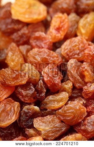 Brown Raisin Pile. Selective Focus. Closeup Photo Image Of Brown Raisin In A Pile Present A Detail O