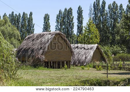Banyoles,spain-july 15,2017:recreation Of A Neolitic Cabin In La Daga, Archeological Jaciment Close