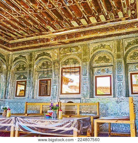 Shiraz, Iran - October 12, 2017: Mirror Veranda Of Zinat Ol-molk Mansion Is The Perfect Place To Rel