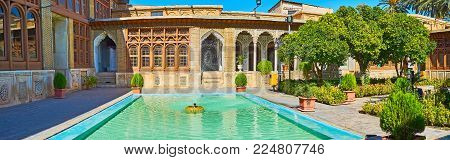 Shiraz, Iran - October 12, 2017: The  Fountain Is One Of The Main Objects Of Traditional Persian Man