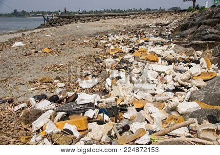 Kochi, India - January 11 2018 : Garbage Dump On The Beach In Fort Kochi In Kerala, India