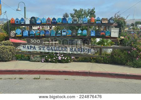Picturesque Mailboxes Of The Floating Houses Of Sausalito Near San Francisco. June 30, 2017 Sausalito San Francisco California. USA. EEUU.