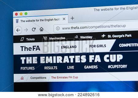 London, Uk - December 4th 2017: The Homepage Of The Emirates Fa Cup On The Official Website For The
