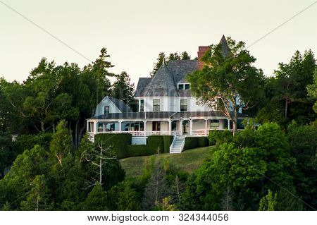 Mackinac Island Mi /usa - July 9th 2016: Victorian House Perched On The West Bluffs Of Mackinac Isla