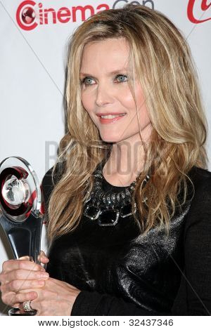 LAS VEGAS - APR 26:  Michelle Pfeiffer arrives at the CinemaCon 2012 Talent Awards at Caesars Palace on April 26, 2012 in Las Vegas, NV