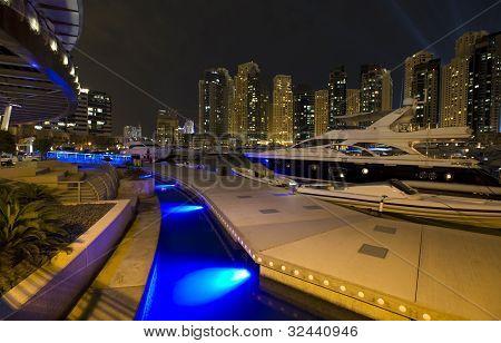 Night City, Dubai