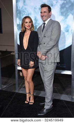 LOS ANGELES - SEP 25:  Natalie Portman and Jon Hamm arrives for