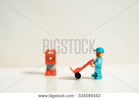 Mty Mexico, September 26 2019: Studio Shot Of Lego People, A Construction Worker With Mailbox And Ha