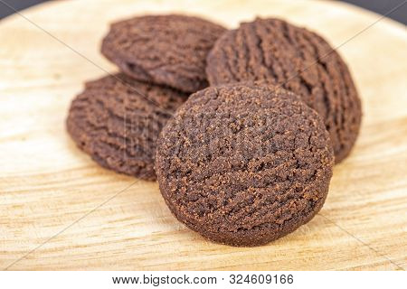 Dilicious Chocolate Rounded Cookies On Woogen Plate