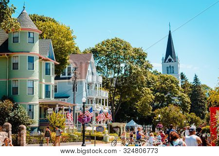 Mackinac Island Mi /usa - July 9th 2016: Tourists On Mackinac Island