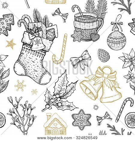 Christmas Object Seamless Pattern. Hand Drawn Sketch Background. Xmas Plant Symbol. Holiday Holly, M