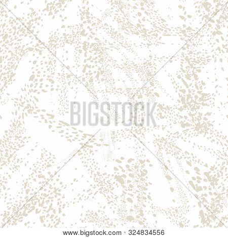 Watercolor Camouflage Design. Spot Tile.  Leopard Skin Print. Animal Camouflage Background. African