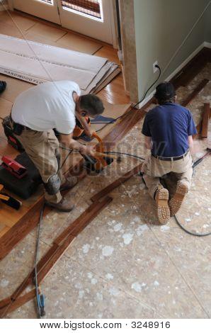 Installing A Hardwood Floor - Construction