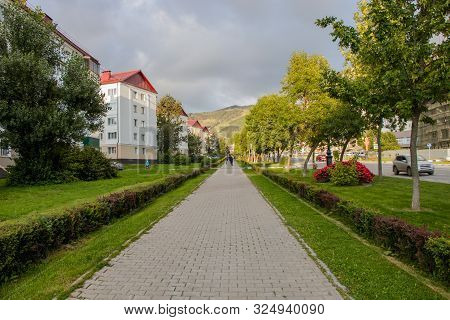 Yuzhno-sakhalinsk, Russia - August 29, 2019. View Of The Pedestrian Part Of Victory Avenue. The Stre