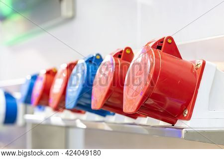Various Colorful Red Blue Electric Machine Power Plug Connector For Electrical High Voltage In Indus